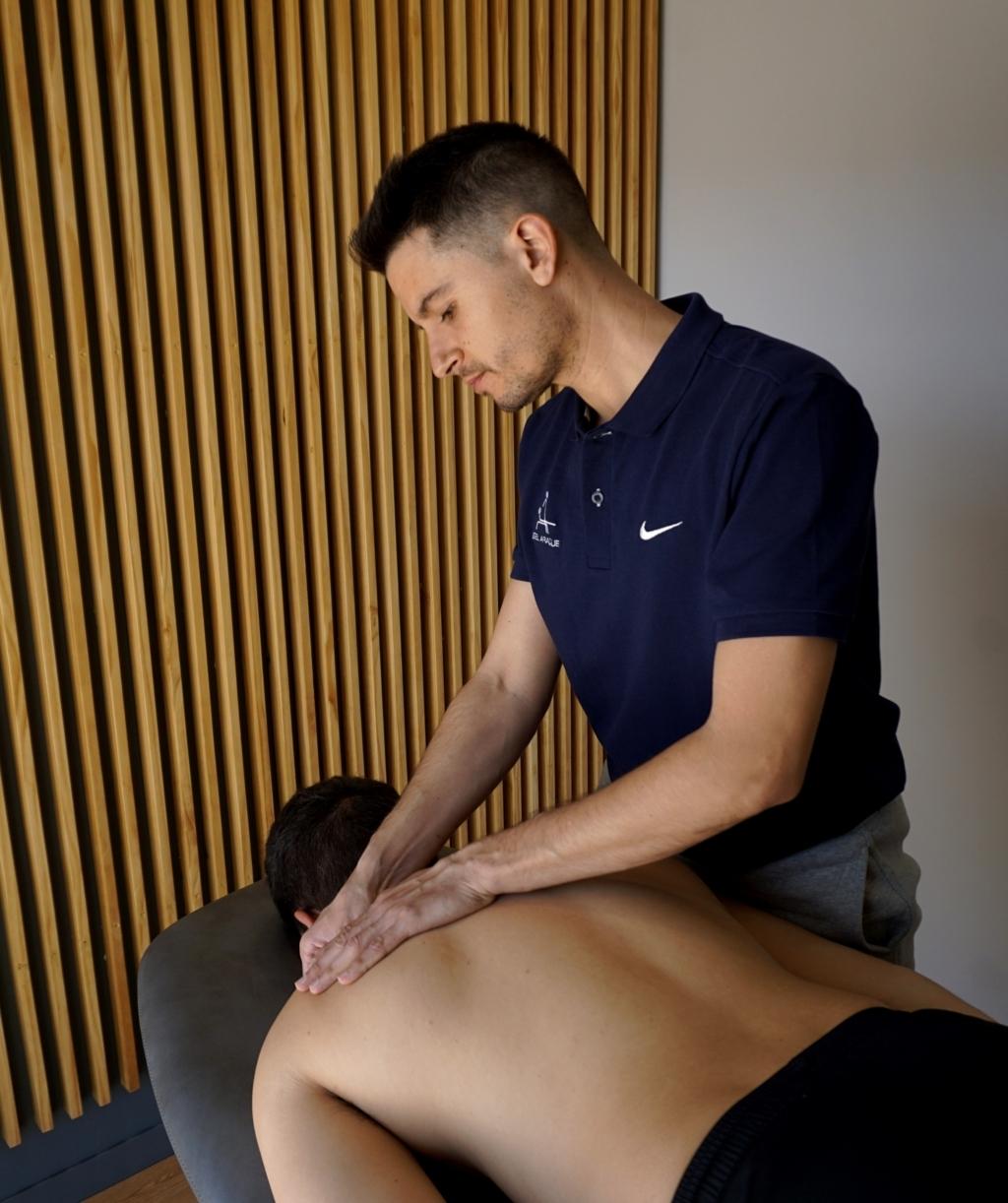 tratamiento-de-cervicalgia-clinica-fisioterapia-tres-olivos