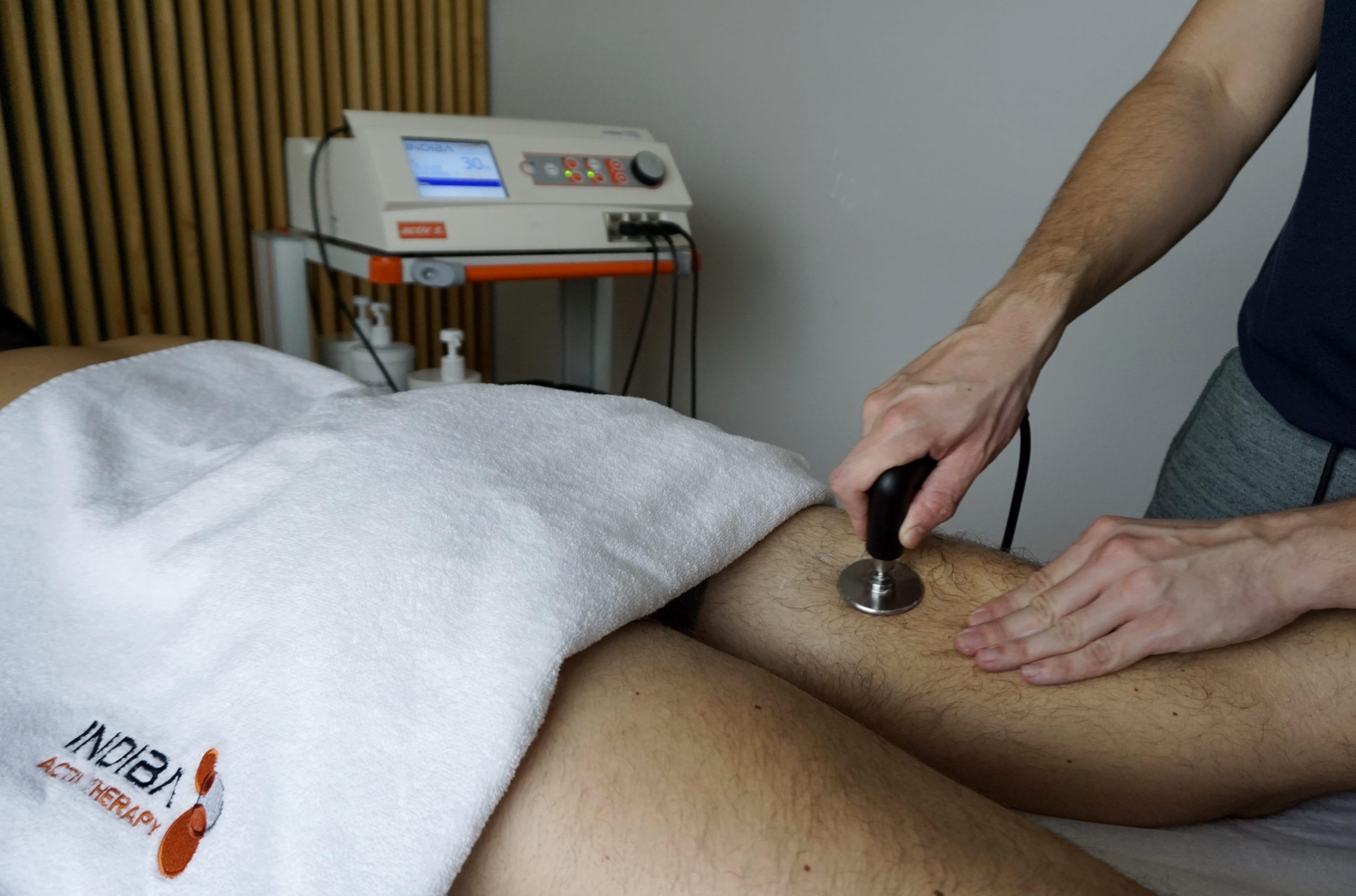 tratamiento-roturas-musculares-fisioterapeuta-tres-olivos